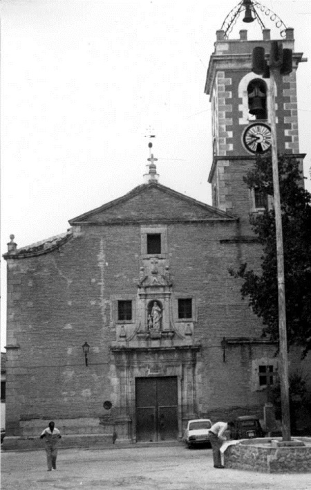 Fachada de la iglesia de San José (años 80)